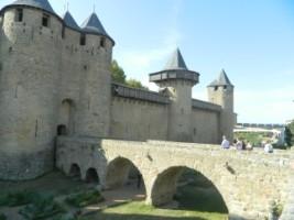 4035 Cité de Carcassonne Entrée côté château [320x200]
