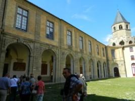 4103 Sorèze grande cour de l'abbaye bis [320x200]